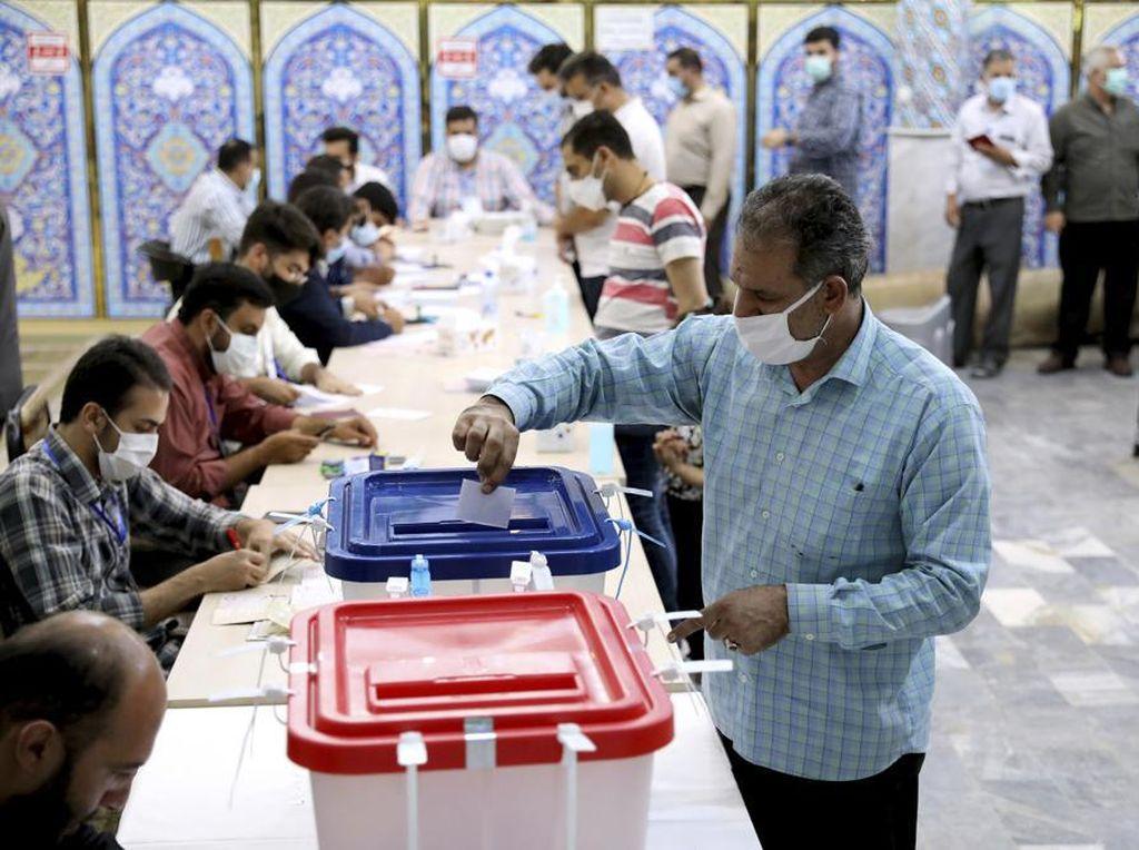 Pemungutan Suara Ditutup, Banyak Pemilih Boikot Pilpres Iran