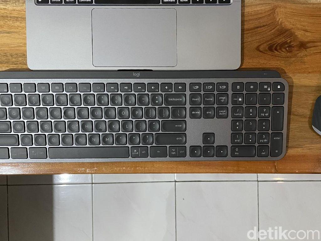 Review Logitech MX Keys, Keyboard Low Profile Premium