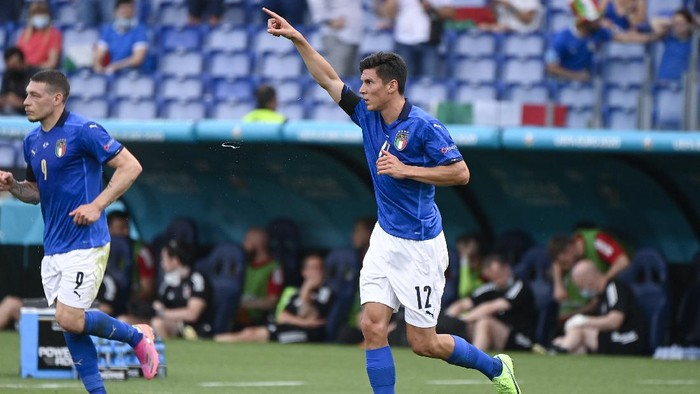 Italys Matteo Pessina celebrates after scoring his sides opening goal during the Euro 2020 soccer championship group A match between Italy and Wales, at the Rome Olympic stadium, Sunday, June 20, 2021. (Riccardo Antimiani, Pool via AP)