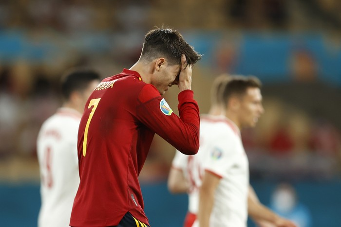 SEVILLE, SPAIN - JUNE 19: Alvaro Morata of Spain looks dejected during the UEFA Euro 2020 Championship Group E match between Spain and Poland at Estadio La Cartuja on June 19, 2021 in Seville, Spain. (Photo by Marcelo Del Pozo - Pool/Getty Images)