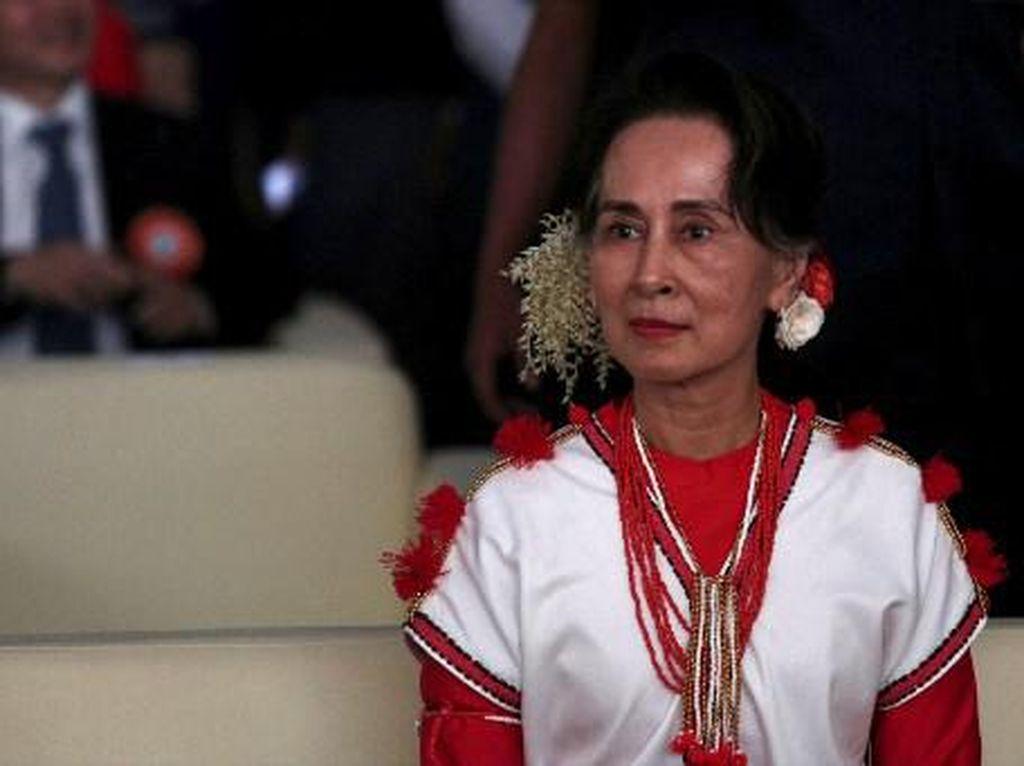 Orang Kepercayaan Suu Kyi Meninggal di Bui Gegara Tertular Corona