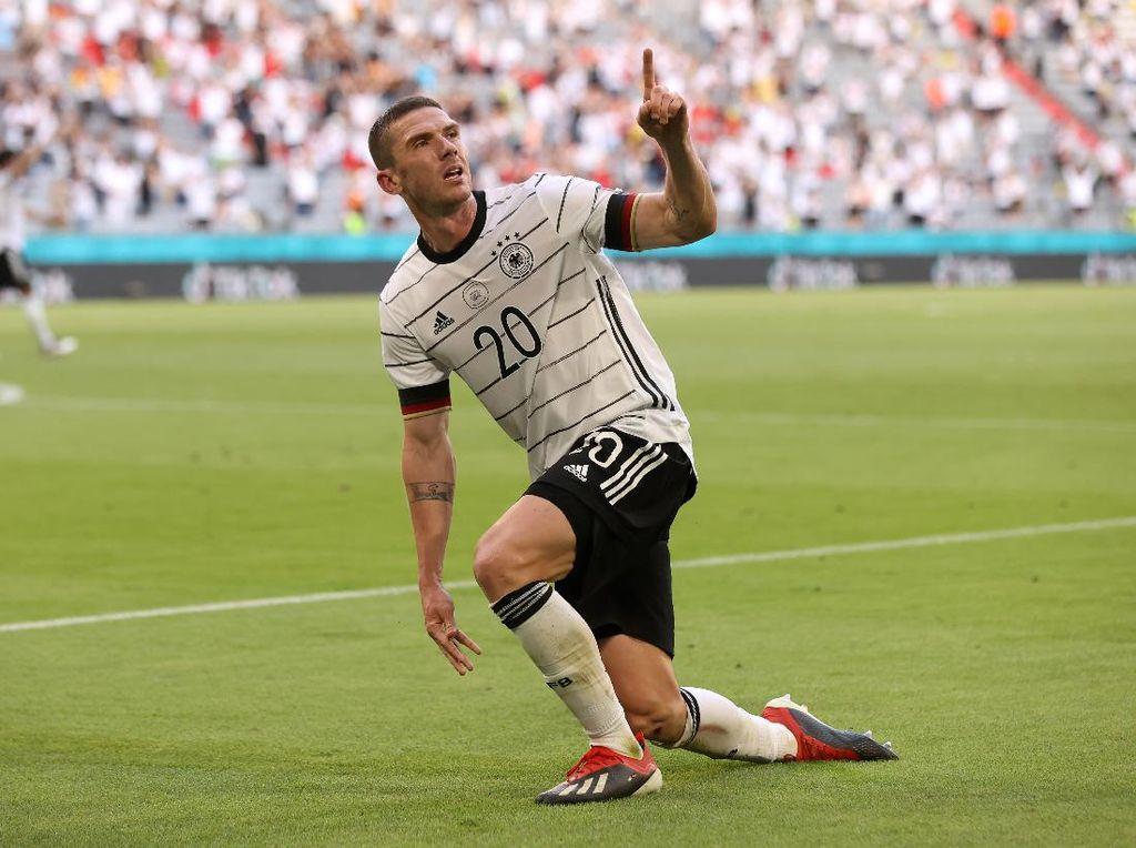 Gosens Akhirnya Bisa Gantian Permalukan Ronaldo