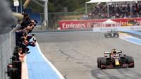 Hasil F1 GP Prancis: Verstappen Juara Usai Kalahkan Hamilton
