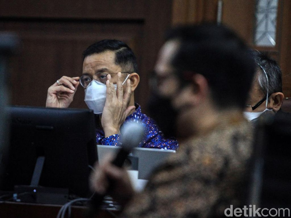 Jaksa Cecar Eks Mensos Juliari soal Sumber Dana Bayar Honor Cita Citata
