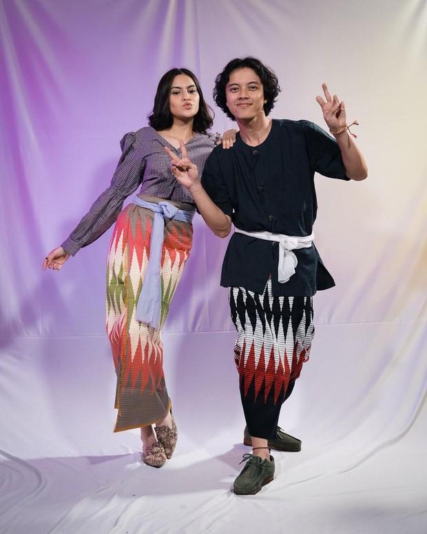 Gaya Andira & Bisma Saat Memakai Kain / sumber : instagram.com/swaragembira