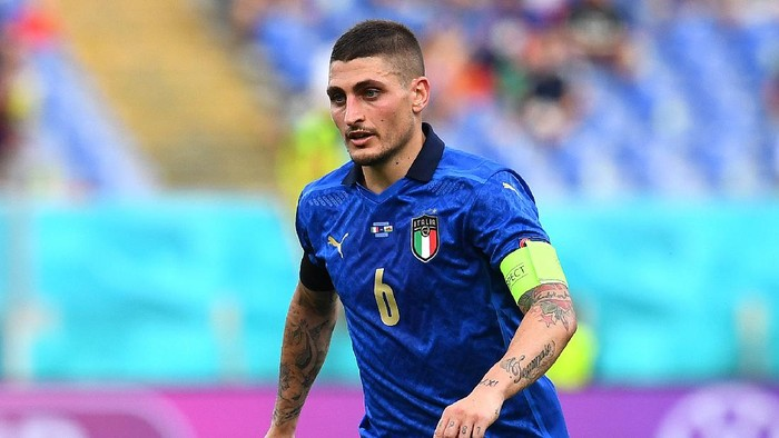 ROME, ITALY - JUNE 20: Marco Verratti of Italy runs with the ball during the UEFA Euro 2020 Championship Group A match between Italy and Wales at Olimpico Stadium on June 20, 2021 in Rome, Italy. (Photo by Claudio Villa/Getty Images)