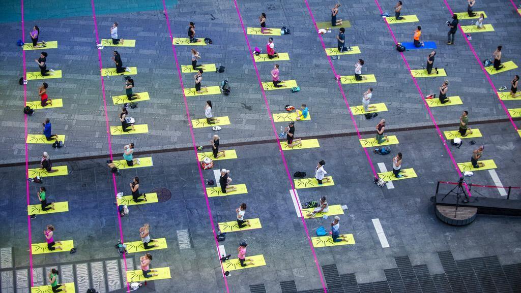 Menengok Peringatan Hari Yoga Sedunia di Berbagai Negara
