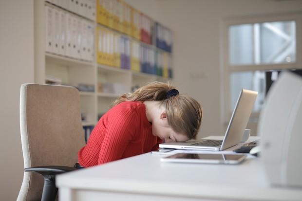pandemi Covid-19 membuat banyak orang merasa lelah, hampa, dan tidak bersemangat