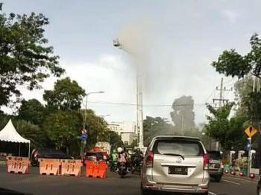 Demo di Balai Kota Surabaya Bubar, Lokasi Aksi Disemprot Disinfektan