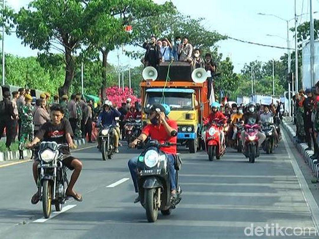 Usai Demo di Surabaya, Warga Kembali ke Madura Tanpa Penyekatan Suramadu