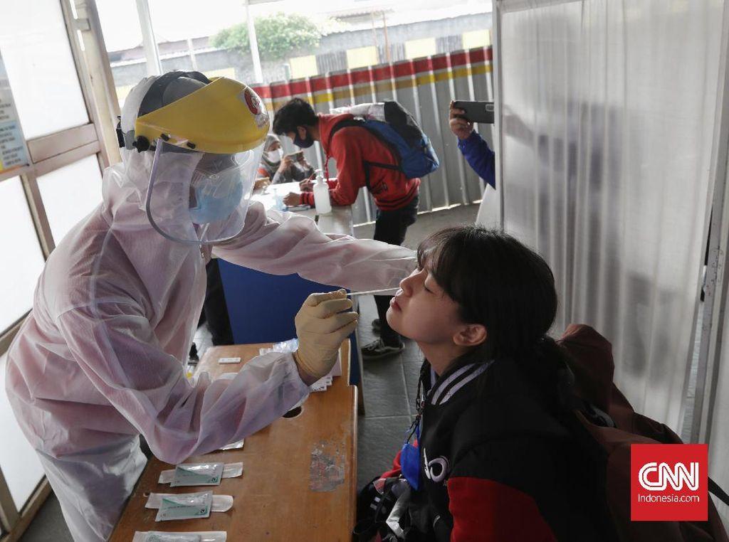 Tetap Aman Bepergian Naik KRL di Masa Pandemi, Ini Caranya