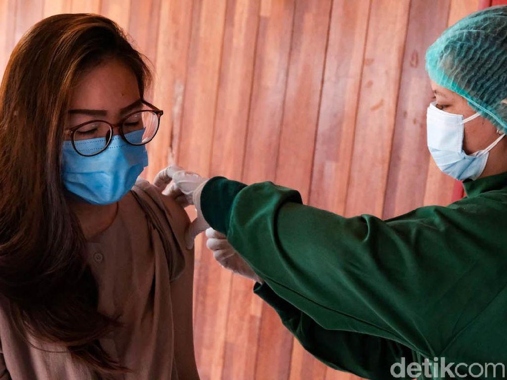 Daftar Lengkap Lokasi Vaksin COVID-19 Tanpa Syarat KTP Domisili