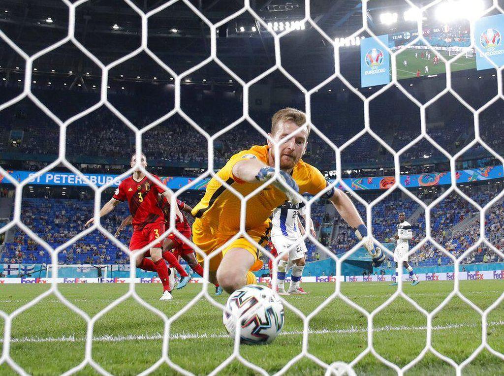 Gol Bunuh Diri Finlandia Membuka Jalan Belgia