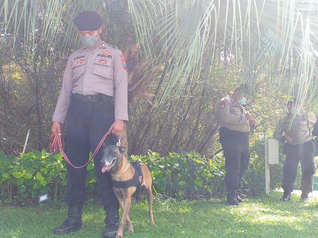Anjing Pelacak Disiagakan Usai Pelemparan Petasan di Pos Penyekatan Suramadu