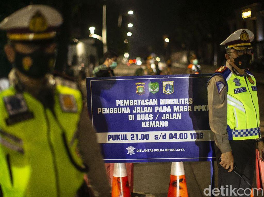 Polisi Akan Tambah 12 Titik Pembatasan Mobilitas Malam Hari di Jadetabek