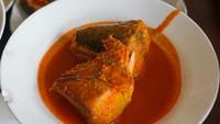 Resep Asam Padeh Ikan Tongkol Khas Rumah Makan Padang
