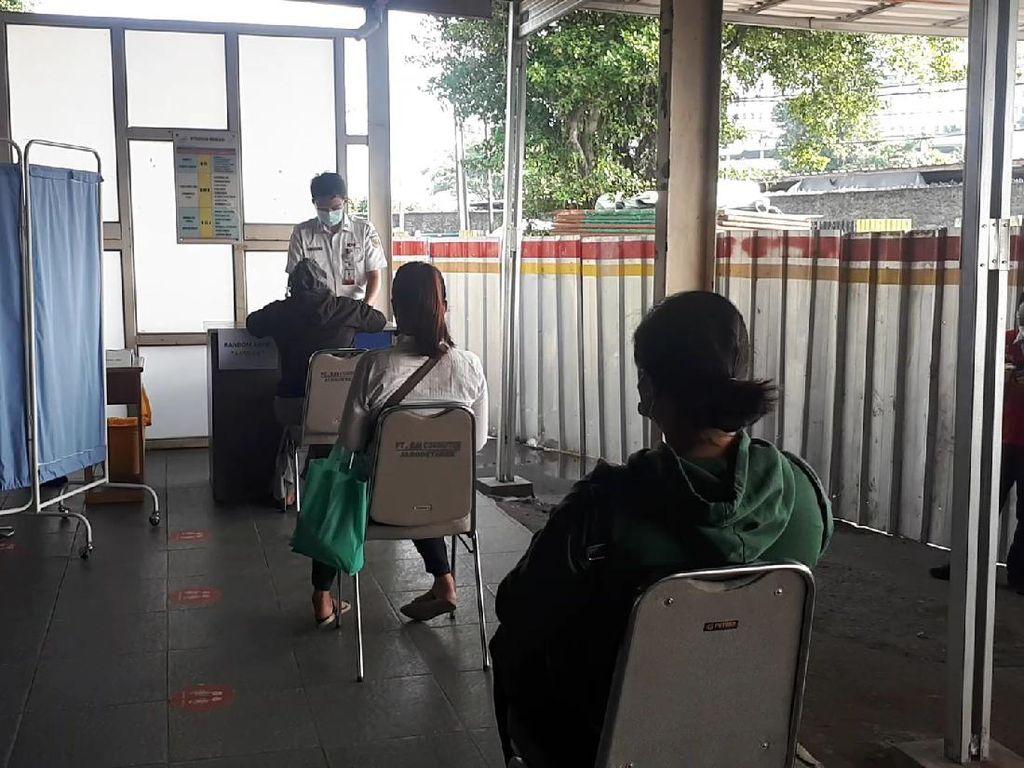 Tes Acak di Stasiun Bekasi, 1 Calon Penumpang Reaktif Antigen Corona