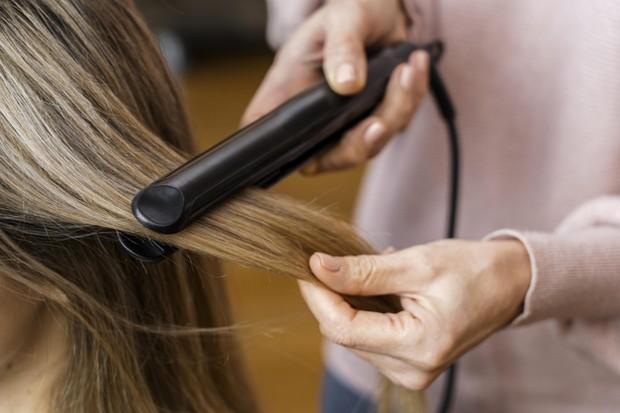 Catokan sesuai jenis rambut/freepik.com