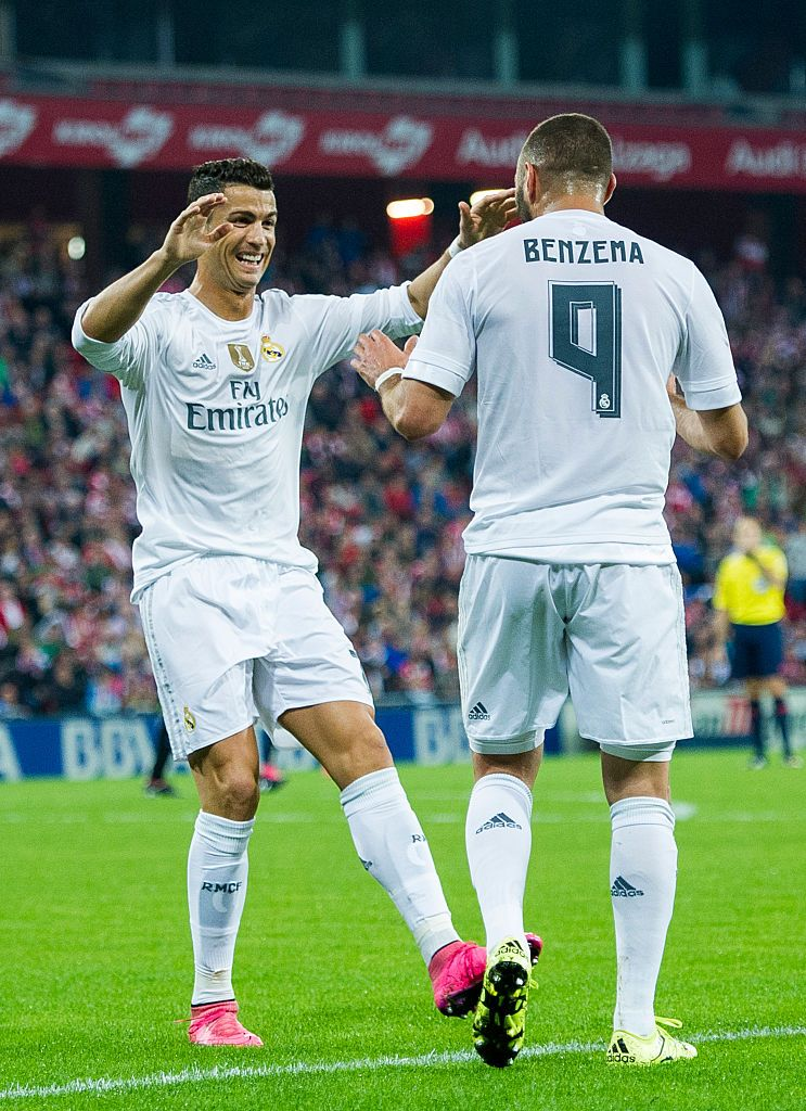 BILBAO, SPAIN - SEPTEMBER 23:  Karim Benzema of Real Madrid CF celebrates after scoring with teammate Cristiano Ronaldo during the La Liga match between Athletic Club Bilbao and Real Madrid CF at San Mames Stadium on September 23, 2015 in Bilbao, Spain.  (Photo by Juan Manuel Serrano Arce/Getty Images)