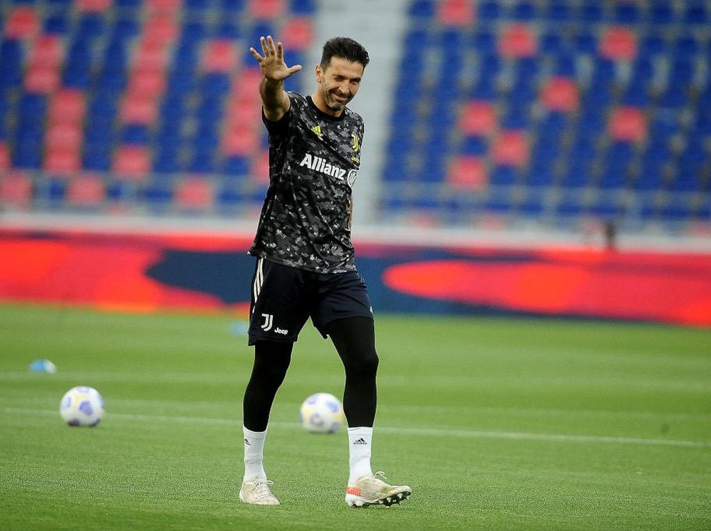 Buffon Tolak Liga Champions Demi Balik ke Parma
