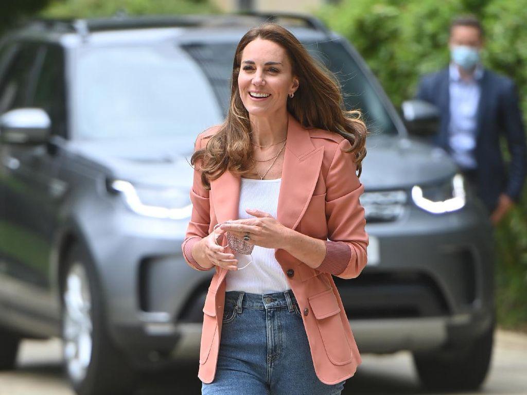 Alasan Kate Middleton Tidak Hadir di Peluncuran Patung Putri Diana
