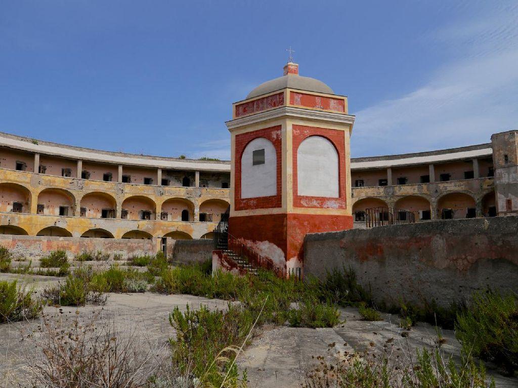 Italia Rogoh Rp 1,2 T untuk Renovasi Penjara ala Alcatraz Jadi Objek Wisata