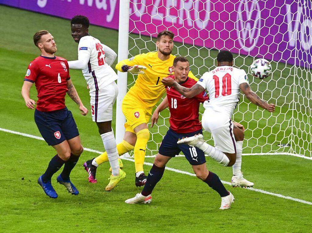 Babak Pertama Tuntas, Inggris Ungguli Ceko 1-0