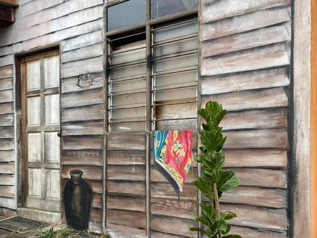 Rumah Kayu Ini Viral, Ilusinya Menipu Mata Netizen karena Ternyata...