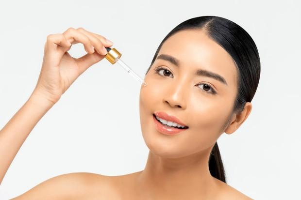 Skincare berbahan BHA bekerja ampuh pada lapisan kulit lebih dalam.