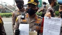 Polisi Temukan Dokumen FPI Saat Periksa Sejumlah Orang di PN Jaktim