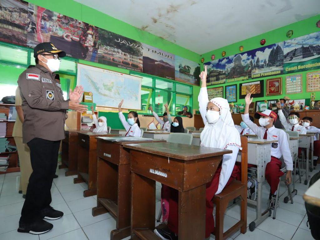 253 Anak Positif COVID-19, Wali Kota Malang Tetap Gelar Belajar Tatap Muka?