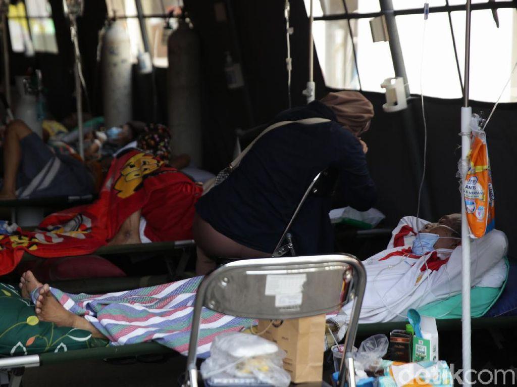 COVID di Bekasi: Pasien sampai Parkiran RSUD hingga Kini Jadi PPKM Level 3