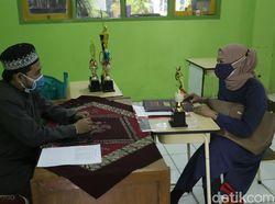 Terapkan Prokes Ketat, Sekolah di Bogor Bagi Rapor Tatap Muka