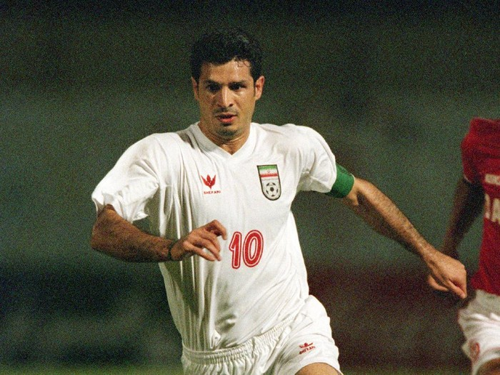 21 Oct 2001:  Ali Daei of Iran dribbles the ball during the FIFA 2002 World Cup Qualifier between Bahrain and Iran played at the National Stadium in Manama, Bahrain.  Bahrain won the match 3 - 1.  Mandatory Credit: Stu Forster /Allsport