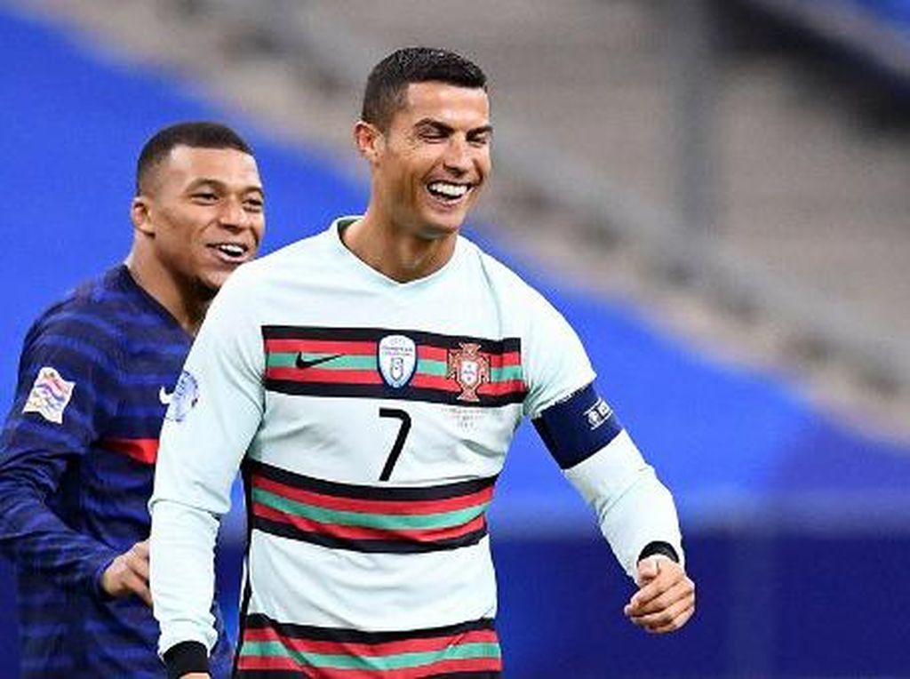 Cristiano Ronaldo Jadi Top Skor, Donnarumma Pemain Terbaik Euro 2020