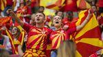 Para Suporter Cantik Bakar Semangat Euro 2020