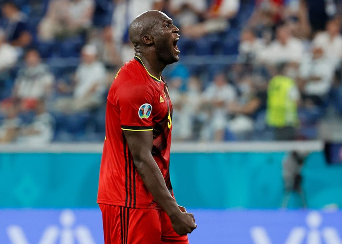 SAINT PETERSBURG, RUSSIA - JUNE 21: Romelu Lukaku of Belgium celebrates after scoring their sides second goal during the UEFA Euro 2020 Championship Group B match between Finland and Belgium at Saint Petersburg Stadium on June 21, 2021 in Saint Petersburg, Russia. (Photo by Anatoly Maltsev - Pool/Getty Images)