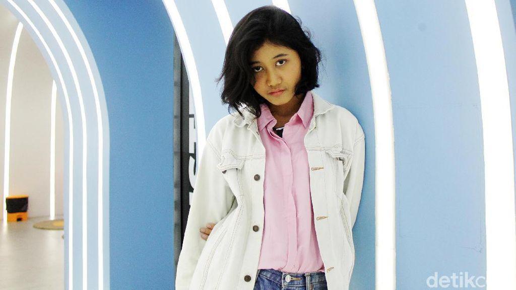 10 Foto Amel, Gadis 19 Tahun yang Viral Mirip Nike Ardilla