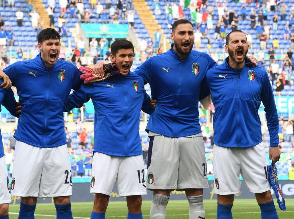 Italia Vs Spanyol: Perbedaan Mencolok Azzurri dengan Matador