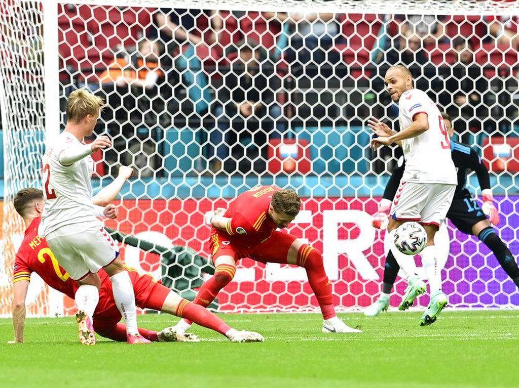 Babak I Selesai, Denmark Ungguli Wales 1-0