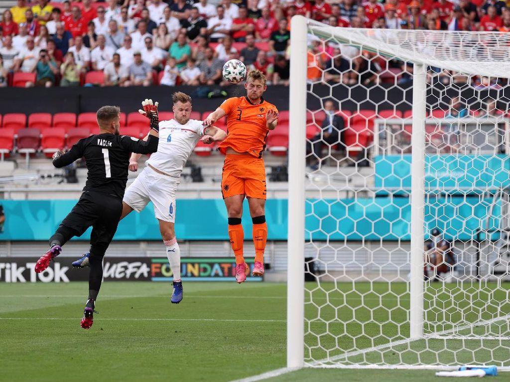 Belanda Vs Ceko Masih Tanpa Gol di Babak Pertama
