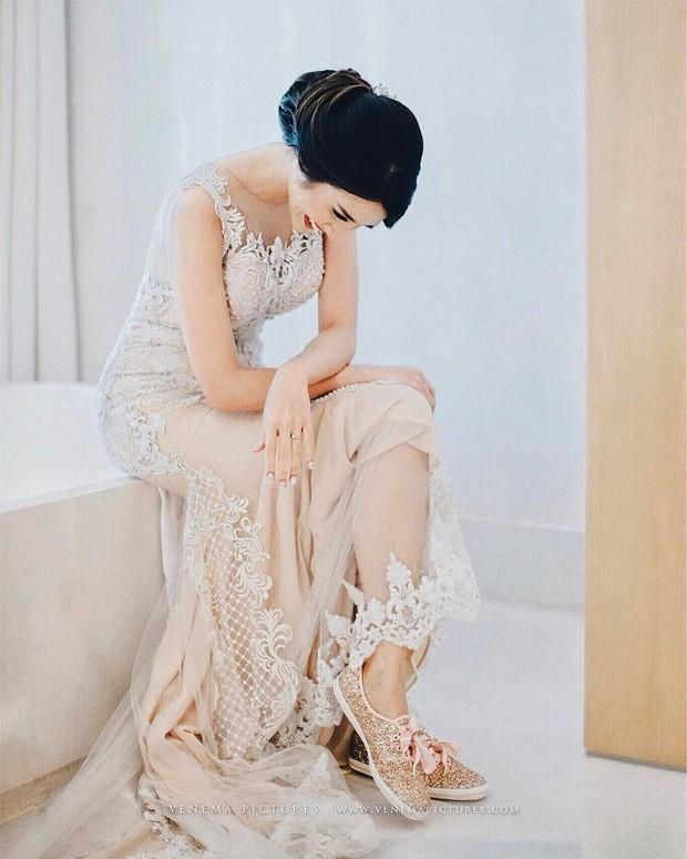 Foto: Kebaya dress/instagram.com/@achasinaga