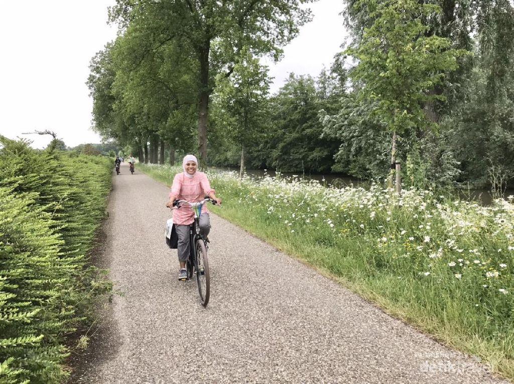 Musim Panas di Belanda, Memang Asyiknya Gowes Sepeda