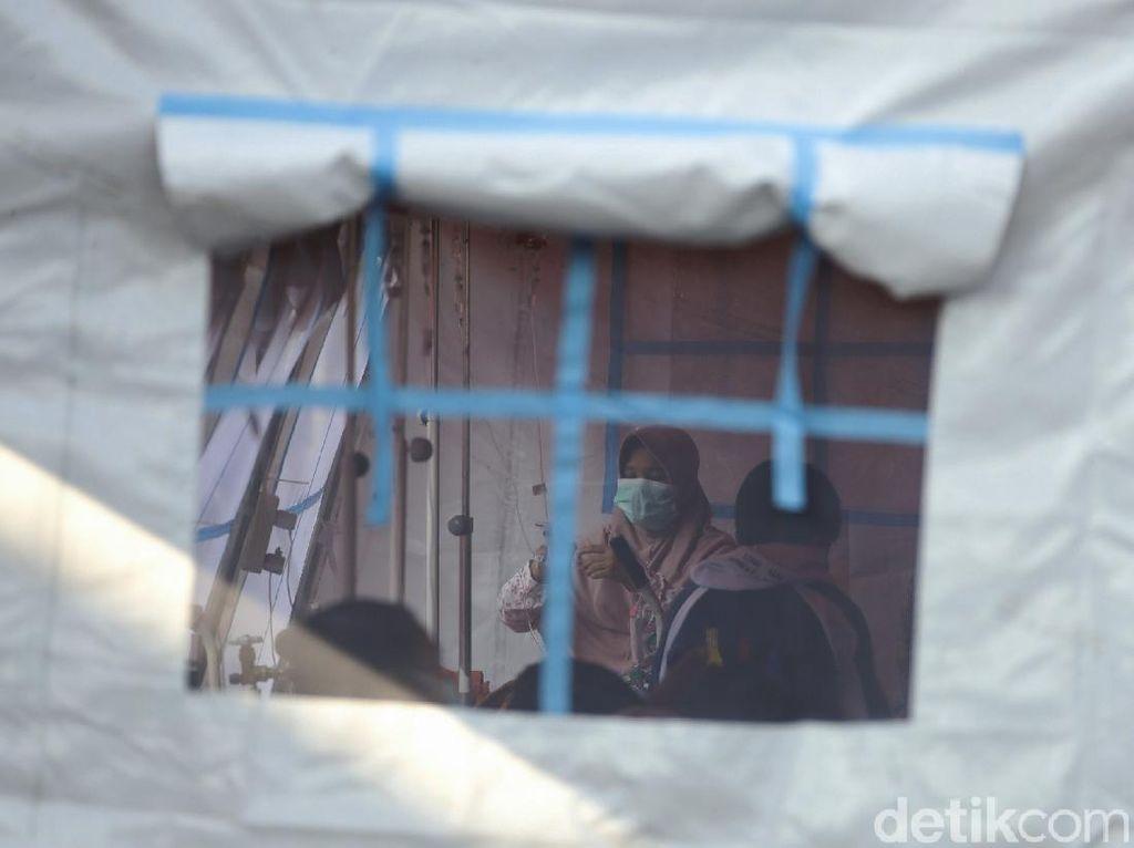 RSUD Kota Bekasi Dibanjir Pasien Covid-19, 5 Tenda Darurat Terisi