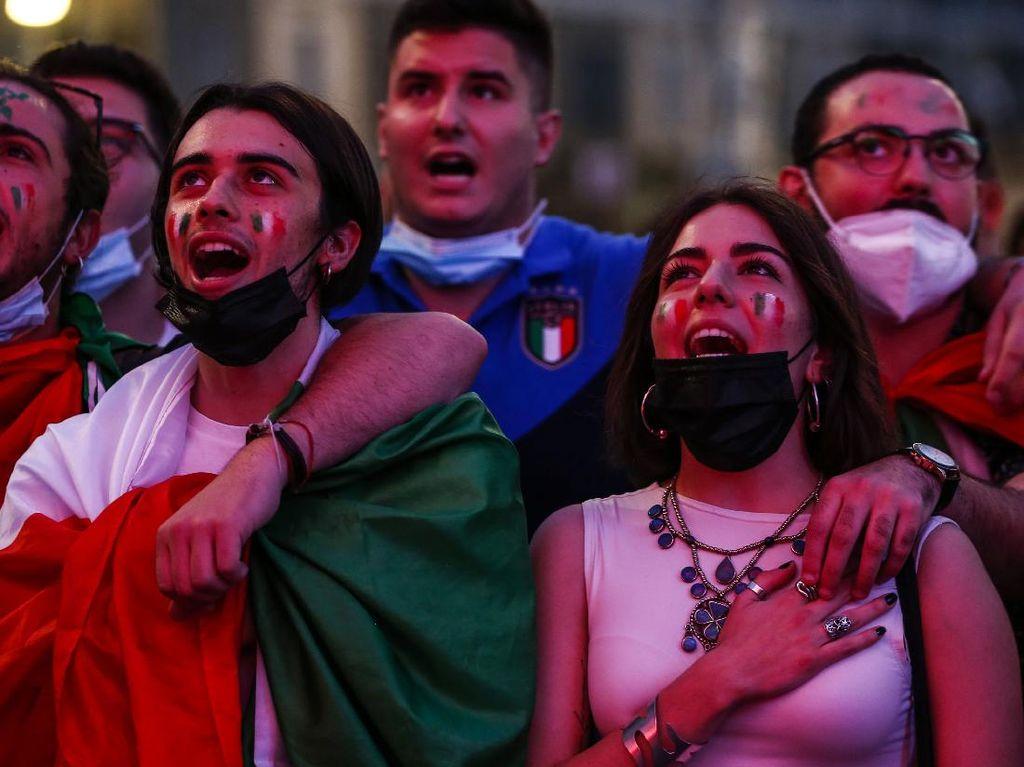 Resep Italia Bebas Masker Usai Sempat Dihadang Tsunami COVID-19
