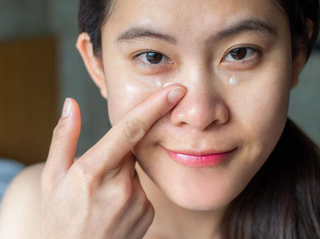 6 Cara Mengatasi Wajah Berminyak dengan Mudah