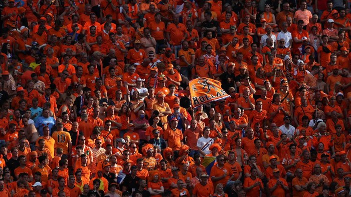 BUDAPEST, HUNGARY - JUNE 27: Netherlands fans watch on during the UEFA Euro 2020 Championship Round of 16 match between Netherlands and Czech Republic at Puskas Arena on June 27, 2021 in Budapest, Hungary. (Photo by Alex Pantling/Getty Images)