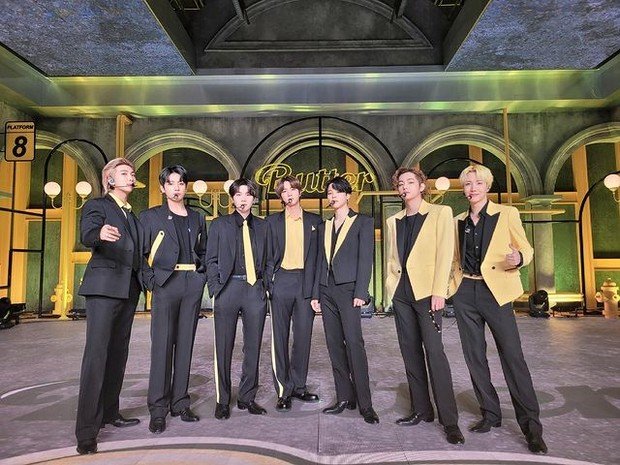 BTS saat promosi lagu terbaru, Butter (foto: instagram.com/bighit_ent)