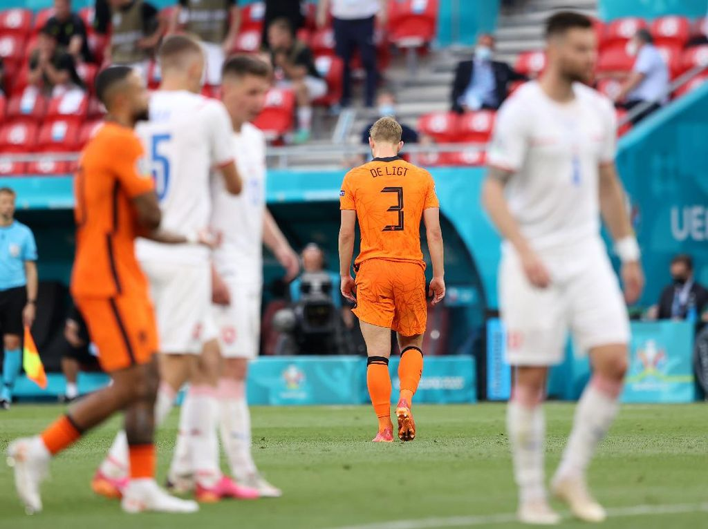 Belanda Tersingkir di Euro 2020, De Ligt: Ini Salahku