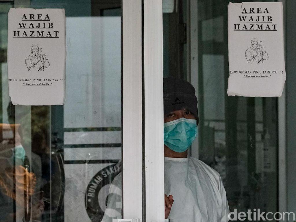 Melonjak Gila-gilaan! Daftar Terbaru 96 Zona Merah COVID-19 di Indonesia